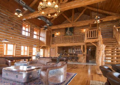 Main lodge at Honey Hollow Ranch