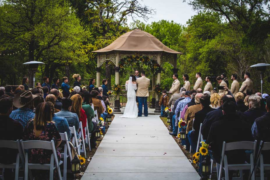 Our Top Fall Wedding Colors And Ideas Honey Hollow Ranch